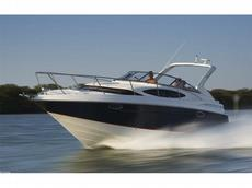 Regal 3060 Express Cruiser 2010 Boat specs